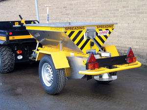 Logic Salt Spreaders - GDS Range of Salt Spreader
